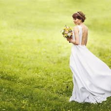 Wedding photographer Ivan Cyrkunovich (HiViv). Photo of 24.06.2014