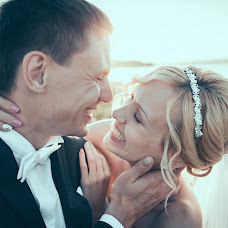 Wedding photographer Aleksandr Rerikh (agpermyakov). Photo of 01.09.2014
