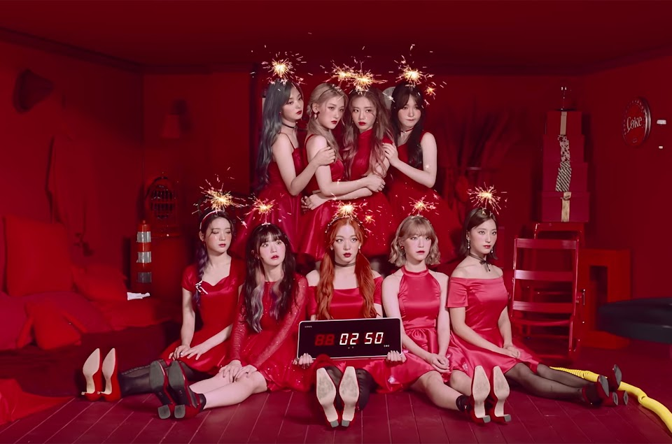 Fromis9GroupPicture