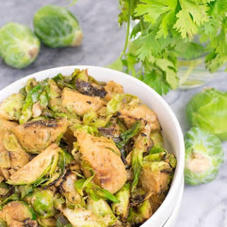 Simple Whole30 Spicy Sriracha Brussels Sprouts (Paleo).