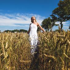 Wedding photographer Viktoriya Kosareva (Kosarevavita). Photo of 25.07.2014