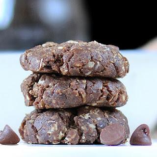 No-Bake Mocha Chocolate Chip Cookies