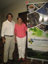 Photo: Sra. Dinora Sandino, RENOVABLES y Sr. Rafael Henríquez Fondo Común