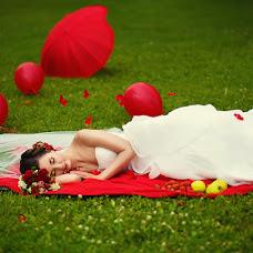 Wedding photographer Zinaida Iost (LiatriZ). Photo of 19.02.2014