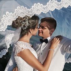 Wedding photographer Yuliya Pekna-Romanchenko (luchik08). Photo of 16.10.2017