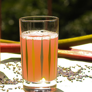 Rhubarb Lavender Iced Tea Recipe
