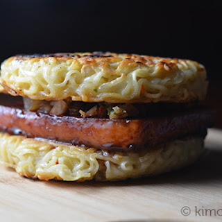 Spam Ramen Burger