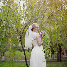 Wedding photographer Elena Spiridonova (easy). Photo of 13.02.2014