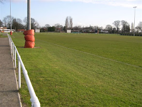 Photo: 14/04/06 v Barton Town OB (CMLS) 1-6 - contributed by Paul Roth