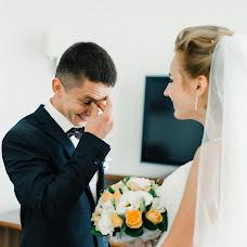 Wedding photographer Roman Bekhter (BehterJR). Photo of 31.10.2017