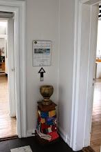 Photo: Indsamlingsbøssen til galleriet.