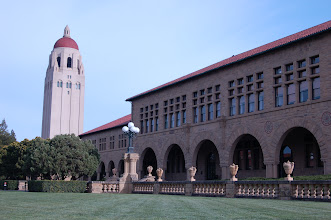 """Photo: Requirement 4 (white balance off): A perfectly sunny day at Stanford is captured with a cool blue tint, making it look a little eerie and still, when I changed the white balance from """"direct sunlight"""" to """"fluorescent"""""""