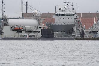 Photo: Ubåt och Belos