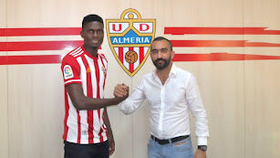 El nuevo central con Mohamed El Assy.