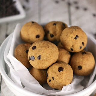 Vegan Cookie Dough Protein Balls.