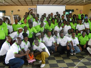Photo: SRI-Training in Liberia. (Photo by Robert Bimba, Dec 2013)
