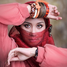 Gypsy girl by Ed ARS - People Portraits of Women