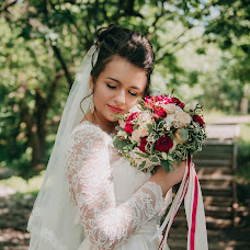 Wedding photographer Yuliya Savvateeva (JuliaRe). Photo of 09.08.2018
