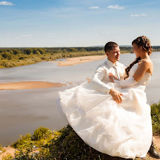 Wedding photographer Aleksey Uvarov (AlekseyUvarov). Photo of 26.09.2013