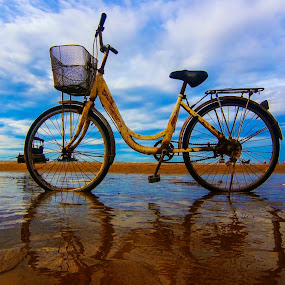 Bike on beach by Do AmateurPic - Transportation Bicycles ( beach, sea, bike )