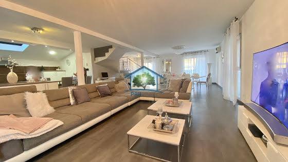 Vente villa 5 pièces 170 m2
