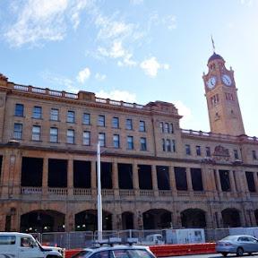 【世界の駅舎】オーストラリア・シドニーのビシネス街南部にある開業から100年以上経つ美しい駅舎「セントラル駅」