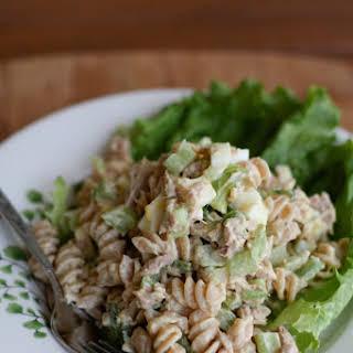 Creamy Tuna Pasta Salad With Greek Yogurt.