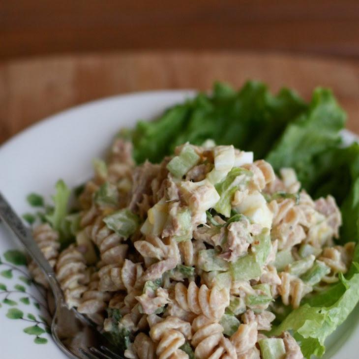 Creamy Tuna Pasta Salad With Greek Yogurt