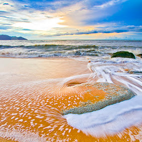 abstract wave by Yohanes Irawan - Landscapes Waterscapes ( landscape )