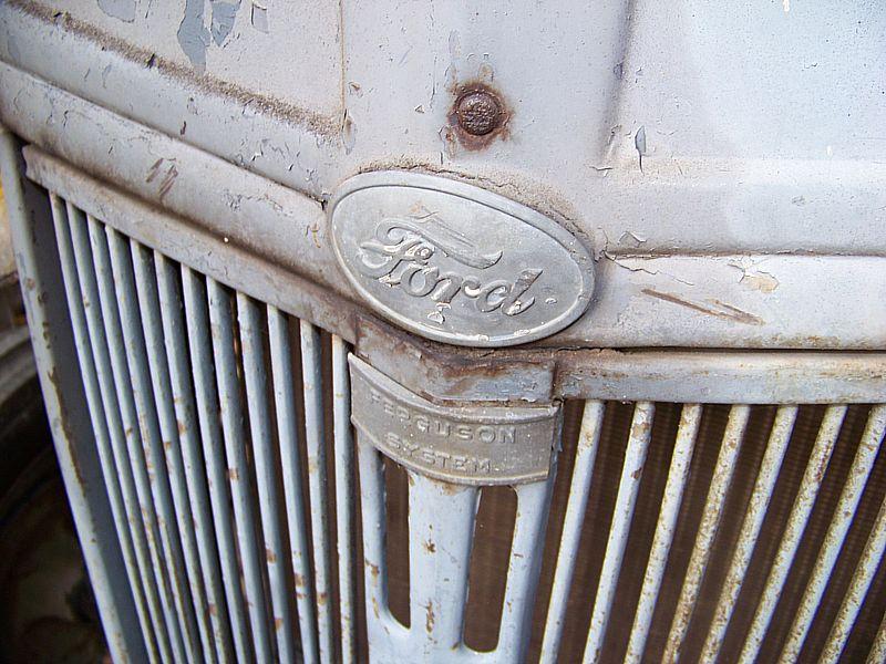 De vieux tracteurs aux Rivoirands