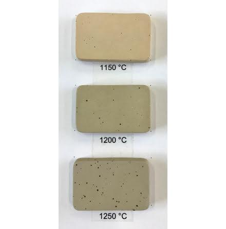 Stengodslera beige med prickar och chamotte - 1000-1240°C
