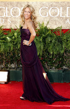 Photo: BEVERLY HILLS, CA - JANUARY 15:  Musician Sheryl Crow arrives at the 64th Annual Golden Globe Awards at the Beverly Hilton on January 15, 2007 in Beverly Hills, California.  (Photo by Kevin Winter/Getty Images)