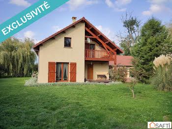 maison à Saint-Agoulin (63)