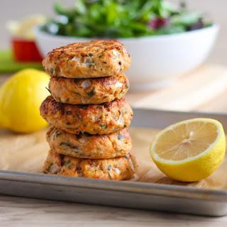 Lemon Herb Salmon Cakes