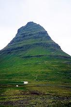 Photo: Półwysep Snaefellsnes, Kirkjufell (463 m.n.p.m.) / Snaefellsnes Peninsula