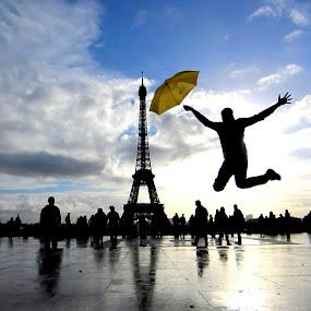 Eiffel Tower by Muthu Ravi - Buildings & Architecture Public & Historical ( paris, tower, silhouette, wonder, eiffel, france, people )