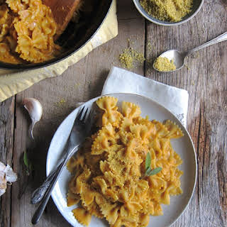 20 Minute Creamy Pumpkin Pasta.