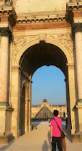 Photo: Walking to the Louvre