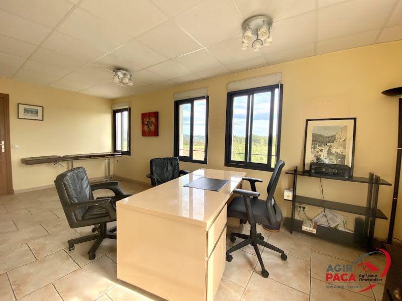 Location  locaux professionnels  50.4 m² à Tourrettes (83440), 1 035 €