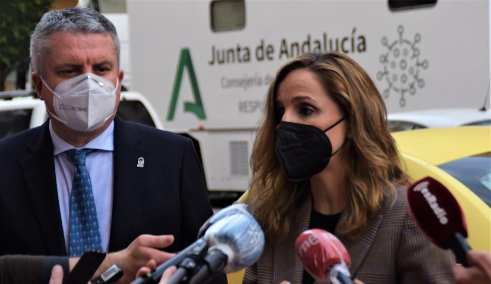 Maribel Sánchez, delegada del Gobierno andaluz, explica la situación actual frente al Covid-19 en Almería.