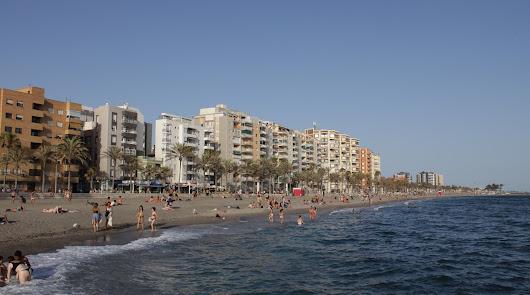 Atípica Noche de San Juan en Almería marcada por el coronavirus