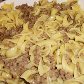 Old-Fashioned Hamburger Noodle Casserole Just Like Mom's.