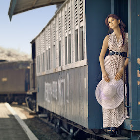 Ngebut naik kereta...jussss jussss by Angga Photology - People Fashion ( fashion, girl, infrared, beauty, women, conceptual )