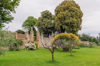 Photo: Garden wall around Villa Aureli