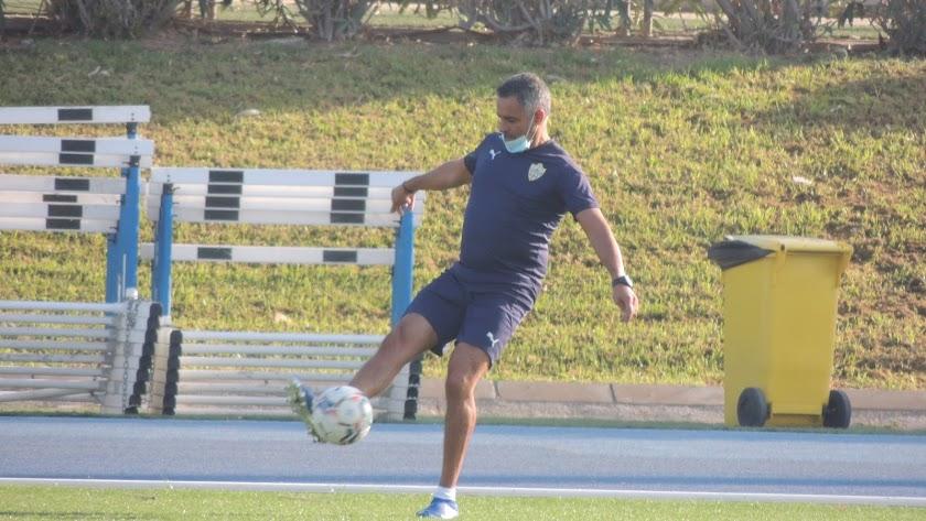 José Gomes pone en alerta al equipo antes de jugar en Albacete.