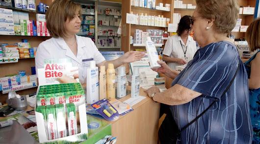 """Los farmacéuticos, """"preparados"""" ante los rebrotes del virus"""
