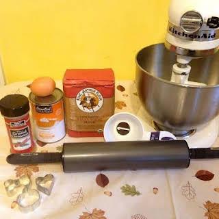 How to Make Pumpkin Dog Treats.
