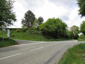 Photo: Prendre direction St Léonard Des Bois à gauche