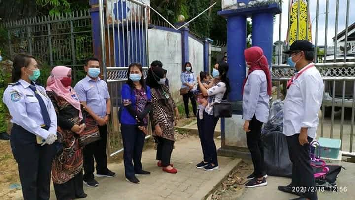 1 Tahun Seorang Bayi Ditinggal Ibunya di Malaysia : Telah Dipulangkan ke Pihak Keluarga di Indonesia