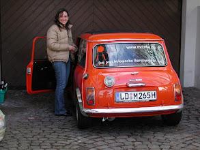 """Photo: Das ist """"Hulda"""" nach dem Wiederaufbau mit Frauchen Marion"""